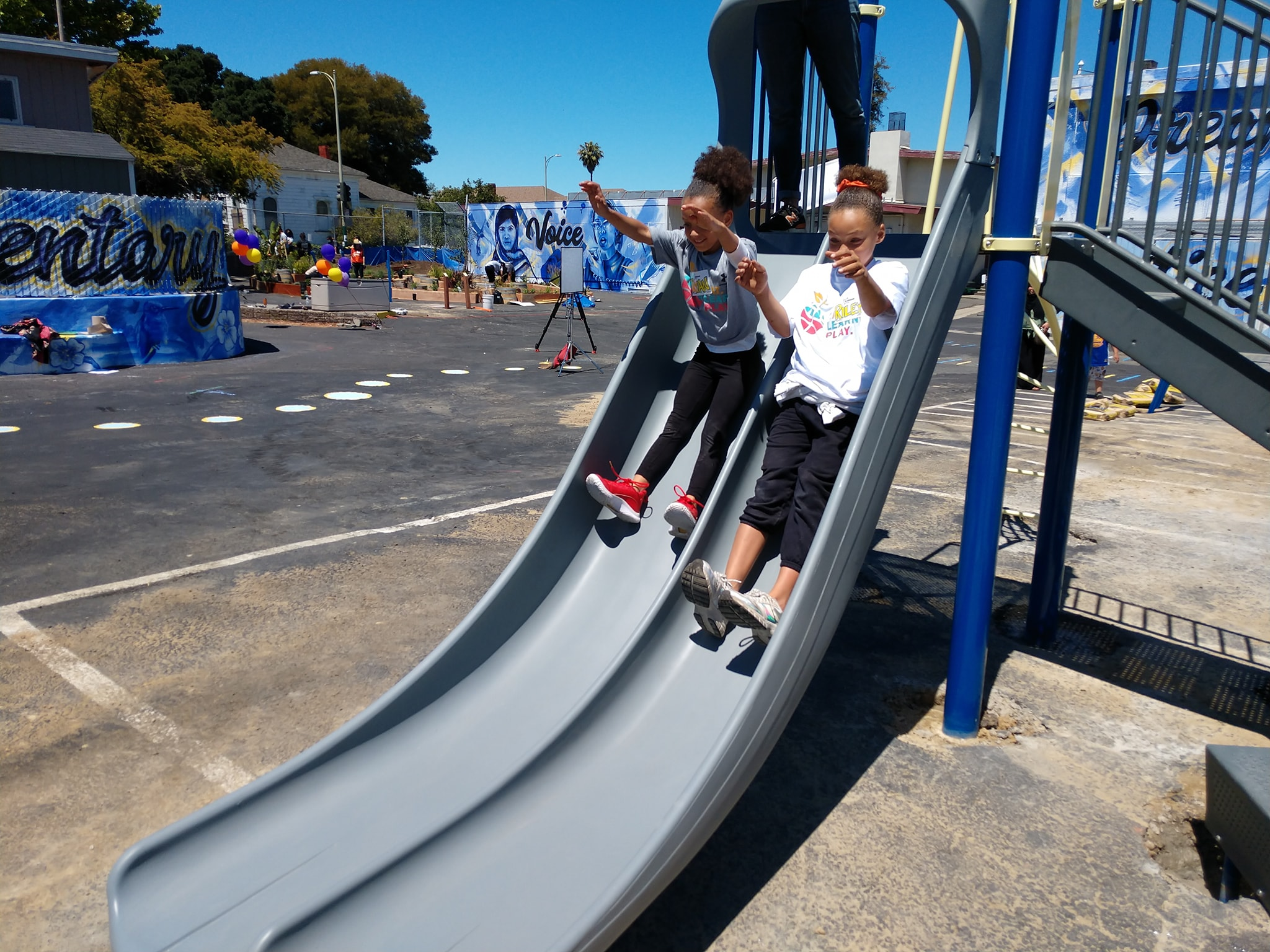 OUSD students playing on playground